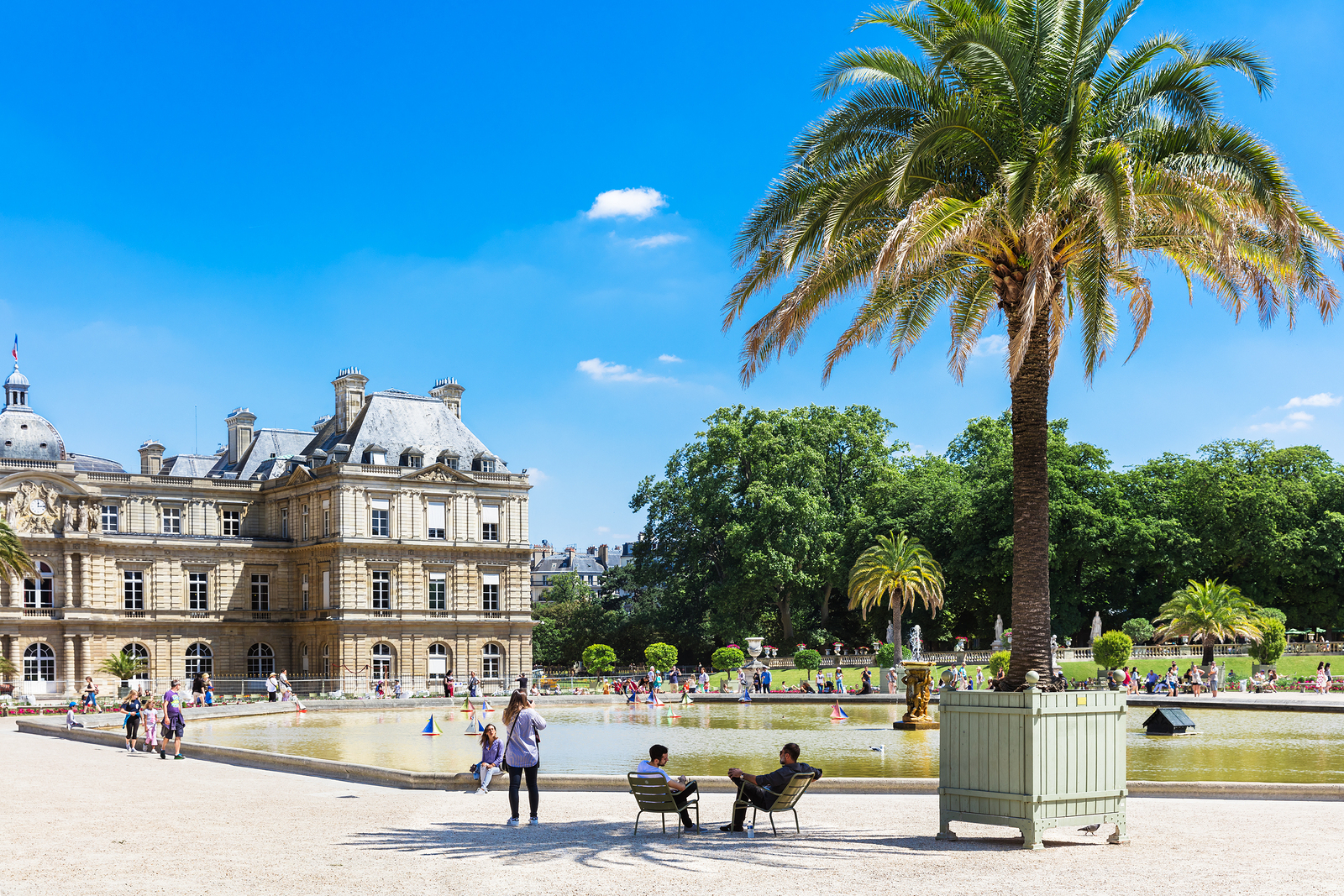 weekend i paris vad göra