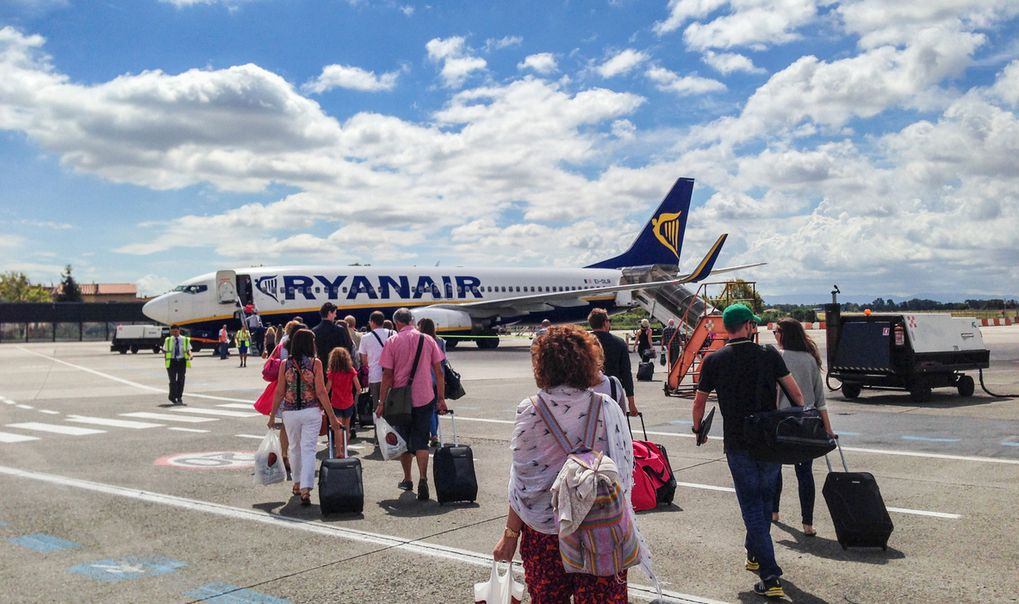 Ryanair Stramar åt Reglerna För Handbagage