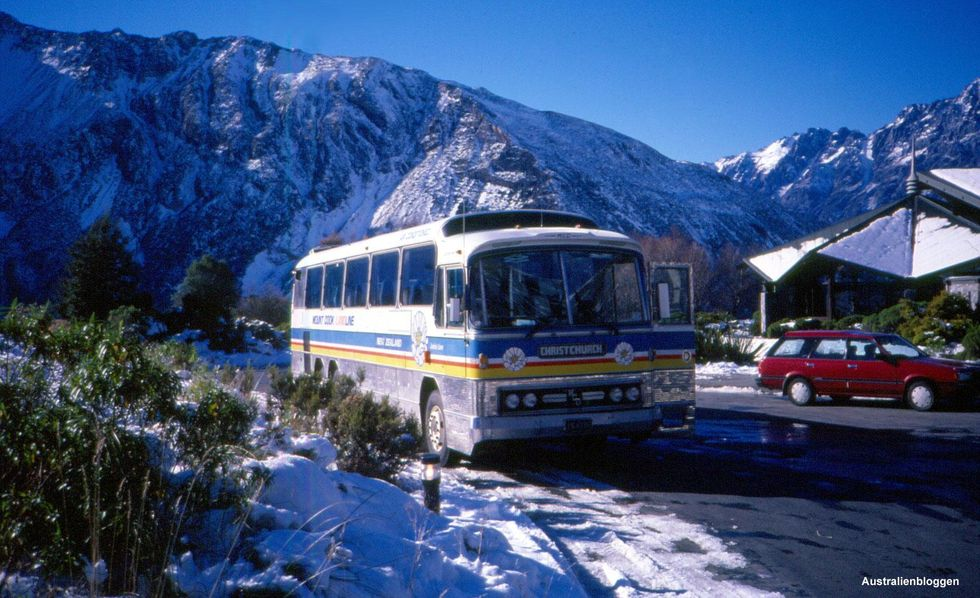 mountcook-bus.jpg