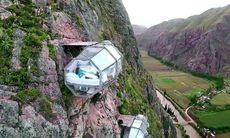 Här kan du sova i en plastkapsel 400 meter över marken