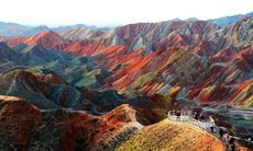 Dagens bild: De storslagna bergen i Gansu