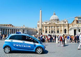 Därför ska kinesisk polis patrullera gatorna i Rom