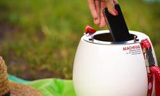 Smarta prylen håller dina värdesaker säkra på stranden