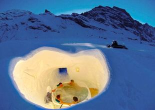 Igloobyn i Alperna – här kan du sova under snön