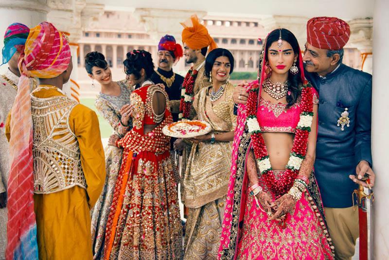 som dejtar vem i Bollywood 2013 Dating fall knivar